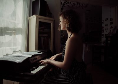 Roisin Adams - Pianist and Composer